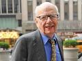 Mediálny magnát Murdoch sa vzdáva svojho impéria, povedie ho syn