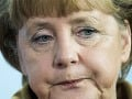 Merkelová v šoku: Opäť sa na ňu vrhli aktivistky