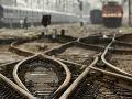 Tragédia na trati vo Fiaľkove: Mladík zomrel pod kolesami vlaku