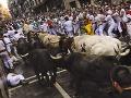 Býky počas druhého behu v Pamplone nikoho nezranili