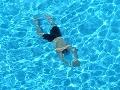 Nešťastný zásah elektrinou: Erik (15) s otcom bojovali o život v bazéne!