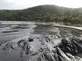 Ropná škvrna pochádza z gréckej lode, tvrdí brazílska vláda: Zamorila už 2 500 kilometrov
