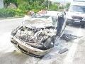 Hrozivá dopravná nehoda v Trstíne: Vodič a spolujazdkyňa majú ťažké zranenia