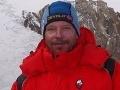 Tragická udalosť: Po tisíc metrovom páde zahynul v Himalájach šéf českých horolezcov!