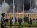 To je morálka: Počas požiaru na letisku kradli taxikári aj policajti!
