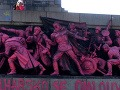 V Sofii nafarbili pamätník sovietskych vojsk na ružovo: Ospravedlnenie za vpád v 1968!