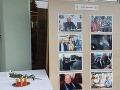 V piatok sa konal v kúpeľnom meste Brusno prvý večer Muzikálového festivalu. Zúčastniť sa ho mal aj Jozef Bednárik ako predseda poroty. Namiesto režiséra sa však v priestoroch hotela nachádzali fotografie s jeho podobizňou a zapálené sviečky.