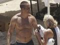 Krásavec z Rýchlo a zbesilo vytasil telo na pláži: Wow, ten má ale svaly!