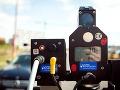 Šmykli ste si už svoje auto (alebo veľactené telo) na priechode pre chodcov?