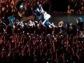 Beyoncé stiahol fanúšik z pódia: Zasahovať musela ochranka!