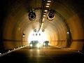 Vodiči, pozor! Cez víkend nás zdržia uzávierky v tuneli Sitina