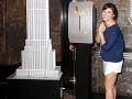 Tiffani Thiessen aj tesne pred prahom štyridsiatky pripomína školáčku, ktorú stvárňovala v seriáli Beverly Hills 90210.