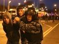 Rasová vojna v uliciach Moskvy: Tisíce ľudí zaútočili na obchodný dom plný prisťahovalcov!