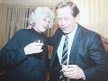 Sexuálne tajomstvá komunistickej éry: Havel chodil na orgie a jeho žena to vedela!