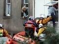 Skazené Vianoce pre Britov i Francúzov: Bez elektriny a záplavy nepoľavujú