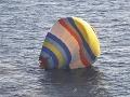 Čínsky kuchár sa chcel v balóne dostať k sporným ostrovom, no havaroval