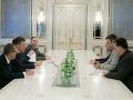 Zástupcovia ukrajinskej vlády sa dohodli: Výmena väzňov prebehne pred koncom roka