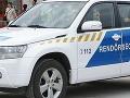 Maďarská polícia zadržala vodiča nákladného auta: Prepravoval 24 migrantov