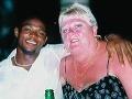 Zrada dovolenkovej lásky: Ako nigérijský mladík (28) podviedol zaľúbenú Britku (56)!