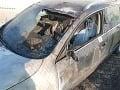 Vo Zvolene horela autopredajňa, škoda viac ako 26 tisíc