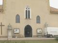 Spred kostola v Sečovciach uniesli dievčatá (17,22) na prostitúciu v Anglicku: Jedna si podrezala žily!