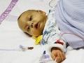 Hrdinský otecko z Čiech zachránil život polročnému synčekovi: Daroval mu časť svojej pečene!