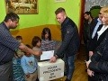 Rómovia v Trebišove sa hrnú k urnám: Druhé kolo volieb ich prilákalo oveľa viac