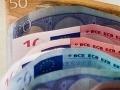 Dôchodkyňa doplatila na dôverčivosť: Dvaja muži ju okradli o 3300 eur!