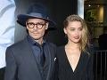 Johnny Depp s o 23 rokov mladšou snúbenicou Amber Heard