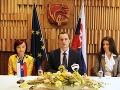 Procházka predstavil prvých členov novej strany: Šancu dáva politickým nováčikom!