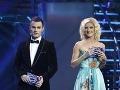 Leoš Mareš a Adela Vinczeová v roku 2009, keď spolu moderovali 1. česko-slovenskú SuperStar.
