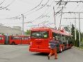 Nové trolejbusy začnú jazdiť po Bratislave neskôr: Vodiči sa ešte cvičia