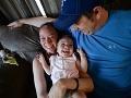 Dievčatko si po narodení prešlo peklom: Lekári mu zachránili život a dnes sa už smeje!