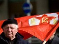 Dane včera a dnes: Mali sme sa za socializmu lepšie?
