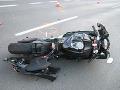 Tragická nehoda v okrese Dunajská Streda: Motocyklista (†33) náraz do stĺpa neprežil