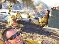 Selfie, ktorá obletela svet: FOTO vyčerpaných hasičov po zásahu!