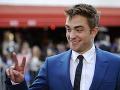 Robert Pattinson je považovaný za jedného z najsexi mužov na svete.