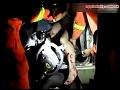 Karambol kvôli švédskej trojke: Mladíci sexovali v aute, uvoľnili ručnú brzdu!