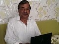 Majster Swami Shri Sanjiv Kasyap, s ktorým sa spisovateľka Alana Dev Priya Židziková spoznala v Indii, je online.