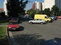 V Petržalke chcú spoplatňovať parkoviská, v Ružinove opravovať cesty