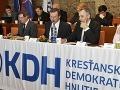 KDH teší, že sa Smer chystá obmedziť funkcionárom príjmy z viacerých funkcií