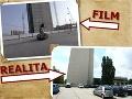 Motorkár predvádzal svoje kúsky pri petržalskom kongresovom centre, ktoré sa v tom čase ešte len budovalo.