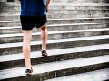 Tragický pád na schodoch: O život prišiel 38-ročný muž