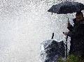Pozor, búrky hrozia na strednom aj východnom Slovensku