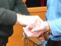 Začali vyšetrovať zodpovednosť exgenerála za vraždu civilistov v Kosove