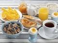 Odborníci vyšli s pravdou von: Sú raňajky skutočne nepotrebným jedlom dňa?