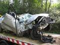 Smrteľná nehoda pri Martine: Mladík (†24) narazil do stromov, zakliesnilo ho v aute