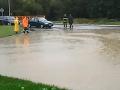Slovensko bojovalo s vodou: Zatopené Záhorie aj juh, prví evakuovaní kvôli zosuvu!