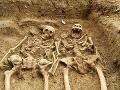 Pri Djakovici v Kosove je zrejme masový hrob srbských civilistov