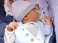 Chlapček potrebuje operáciu: Narodil